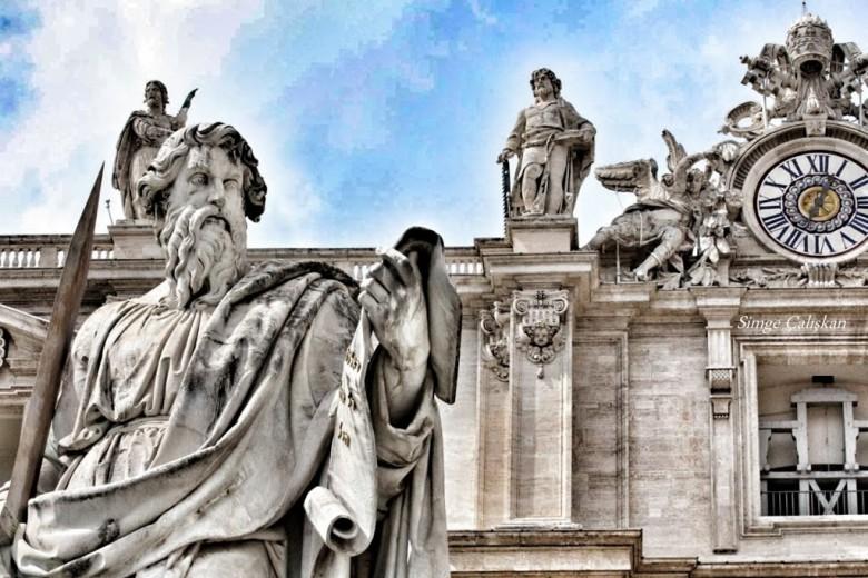 ÇOK GEZEN DEĞİL, ÇOK YİYEN BİLİR  ROMA 2.Gün
